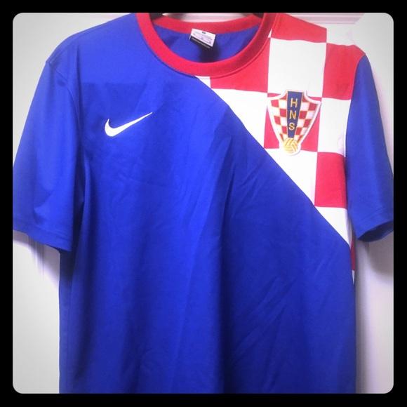 aa8943567 Croatia National Team soccer jersey   2012   away.  M 5b74cd239e6b5bfdb3ac6d7b